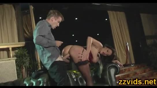 Blowjob on the moving gandola and amazing ass on a big cock