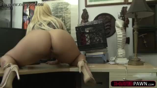 Hot blonde gets fucked by in a threesome